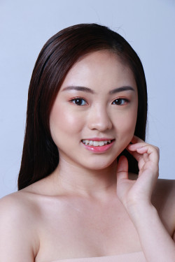 Portfolio-6-Natural-Makeup-for-Female-oleh-makeupbystaciashira-di-HelloBeauty