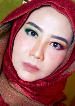 Portfolio-8-fashion-makeup-kuh-oleh-Indera-Maharani-di-HelloBeauty