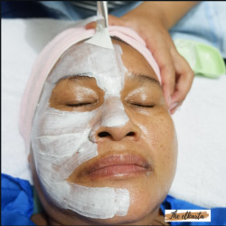 Portfolio-3-acne-treatment-oleh-Facial-by-The-Elkarta-di-HelloBeauty