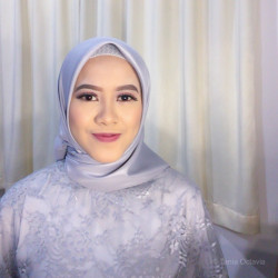 Portfolio-3-Graduation-Make-up-oleh-Tania-Octavia-di-HelloBeauty