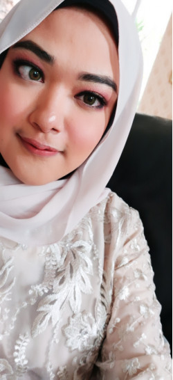 Portfolio-3-Party-makeup-oleh-Fiza-Smith-di-HelloBeauty
