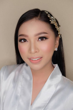 Portfolio-7-oleh-Ririn-Make-up-Art-di-HelloBeauty