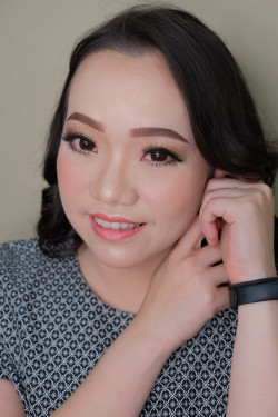 Portfolio-4-oleh-Ririn-Make-up-Art-di-HelloBeauty
