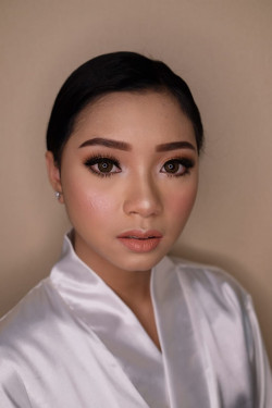Portfolio-5-oleh-Ririn-Make-up-Art-di-HelloBeauty