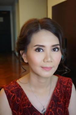Portfolio-2-Party-makeup-for-Mrs-Susana-oleh-Cindy-Hanly-di-HelloBeauty