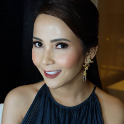 Sisi-Lou-Makeupartist - HelloBeauty