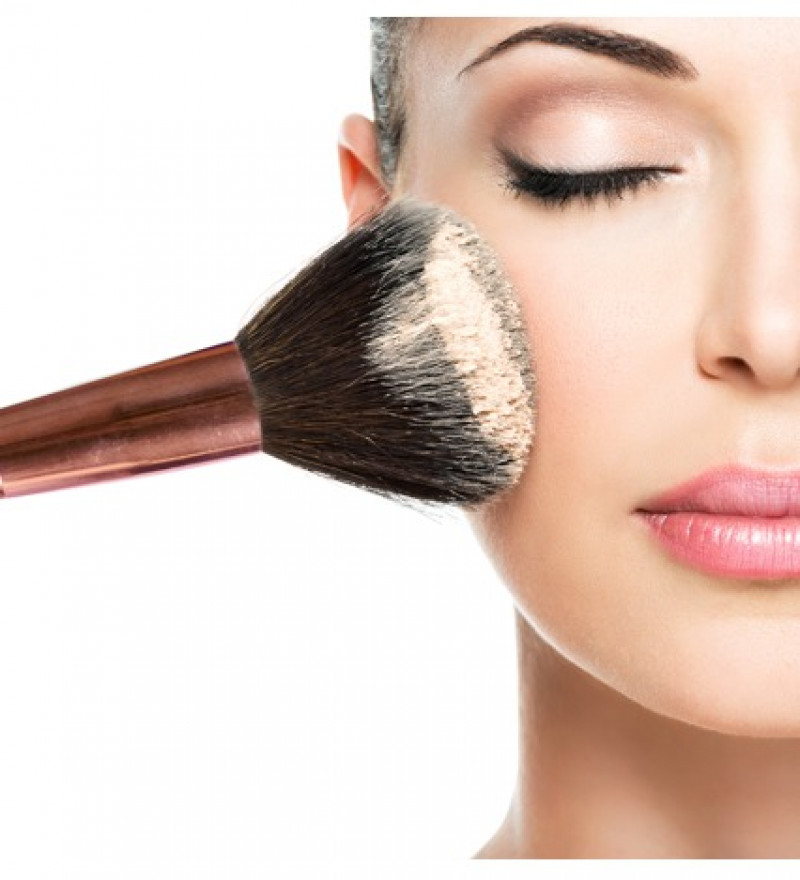 The Importance of Cleaning Your Makeup Brush.