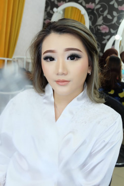 Portfolio-3-oleh-Brushed-By-Erika-di-HelloBeauty