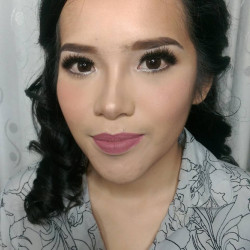 Portfolio-3-makeup-party-oleh-Valency-Makeup-di-HelloBeauty
