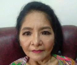 Portfolio-1-make-up-look-for-your-lovely-mom-simple-but-still-fresh-oleh-Maria-Rosalina-di-HelloBeauty