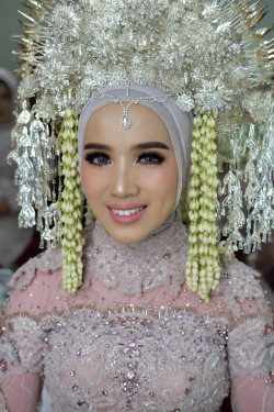 Portfolio-6-oleh-Hair-and-hijab-do-by-Bella-di-HelloBeauty