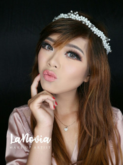 Portfolio-2-Wedding-Make-Up-oleh-lanoviamua-di-HelloBeauty