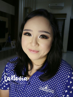Portfolio-3-Wedding-Make-Up-oleh-lanoviamua-di-HelloBeauty