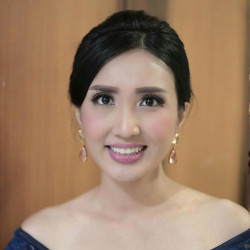 Portfolio-3-oleh-Devy-Beauty-Makeup-di-HelloBeauty