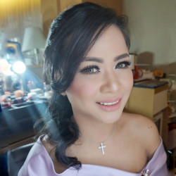 Portfolio-2-oleh-Devy-Beauty-Makeup-di-HelloBeauty