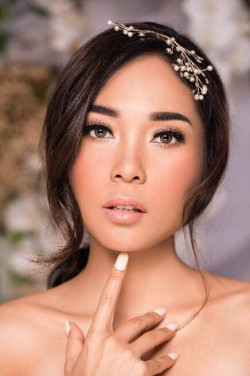 Portfolio-3-morning-wedding-look-oleh-Xinxin-di-HelloBeauty