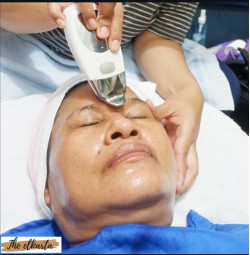 Portfolio-6-oleh-Facial-by-The-Elkarta-di-HelloBeauty
