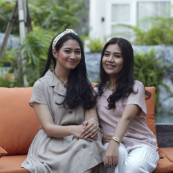 Portfolio-2-Makeup-for-Product-Photoshoot-oleh-Stella-Rizky-Amalia-di-HelloBeauty