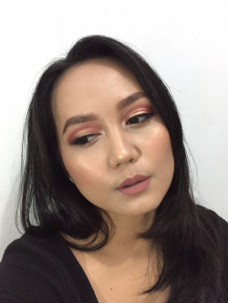 Portfolio-2-My-creation-for-first-impression-Morphe-x-Jaclyn-Hill-Palette-oleh-Vie-Afriyan-di-HelloBeauty