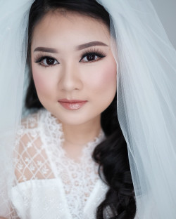 Portfolio-4-Wedding-Makeup-oleh-Donna-Liong-MakeupArtist-di-HelloBeauty