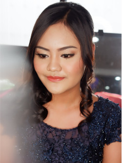 Portfolio-4-oleh-Penina-Yuliana-Make-Up-Artist-di-HelloBeauty