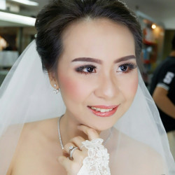 Penina-Yuliana-Make-Up-Artist - HelloBeauty