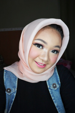 Portfolio-1-Party-make-up-oleh-talitha-rarasty-di-HelloBeauty