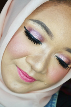 Portfolio-2-Party-make-up-oleh-talitha-rarasty-di-HelloBeauty