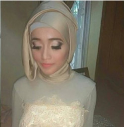 Portfolio-5-Make-Up-For-Bridesmaid-oleh-Annisa-Kartika-di-HelloBeauty