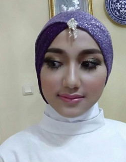 Portfolio-6-Make-Up-For-Bridesmaid-oleh-Annisa-Kartika-di-HelloBeauty