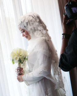 Portfolio-4-Wedding-Make-Up-oleh-Shellyna-Swastika-Putri-di-HelloBeauty