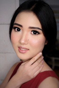 Portfolio-5-Wedding-Make-Up-for-Ms-Yunika-oleh-Angelina-Ganda-di-HelloBeauty