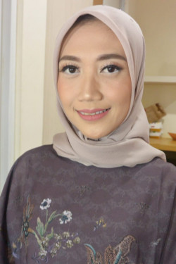 Portfolio-8-oleh-Dian-Anne-Make-Up-di-HelloBeauty