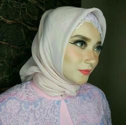 Portfolio-4-Simple-Makeup-for-Akad-oleh-Nadia-I-Karina-di-HelloBeauty
