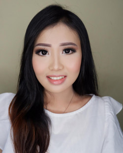 Portfolio-1-Basic-Make-Up-Party-Make-Up-oleh-RoseentaMakeUp-di-HelloBeauty