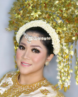 Portfolio-8-oleh-Dita-Tan-makeupartist-di-HelloBeauty