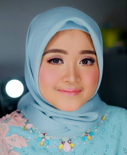 Portfolio-2-Engagement-Makeup-Look-oleh-Shasha-Make-Up-di-HelloBeauty