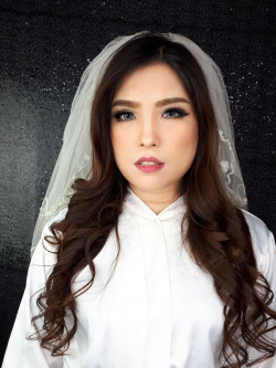 Portfolio-6-Asian-Bridal-Makeup-Look-oleh-Almas-Makeover-di-HelloBeauty