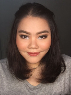 Portfolio-1-Natural-Makeup-Look-for-Kak-Nashya-oleh-Almas-Makeover-di-HelloBeauty