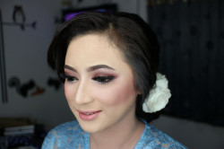 Portfolio-5-Make-Up-by-Tivany-oleh-Tivany-Makeup-di-HelloBeauty