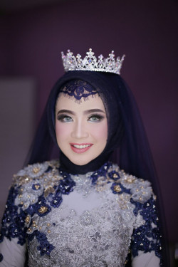 Portfolio-3-Make-Up-by-Tivany-oleh-Tivany-Makeup-di-HelloBeauty