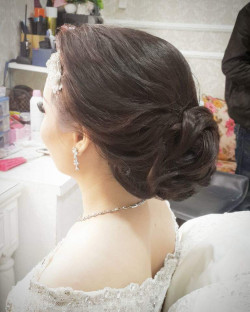 Portfolio-3-Hair-Do-for-the-Bride-oleh-Yona-Okto-di-HelloBeauty