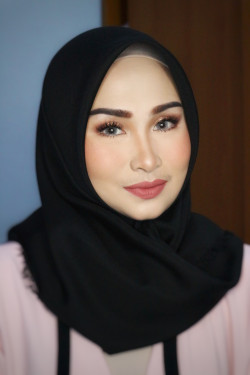 Portfolio-5-oleh-BEAUTY-BY-DVIACITA-di-HelloBeauty
