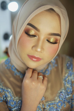 Portfolio-6-oleh-BEAUTY-BY-DVIACITA-di-HelloBeauty