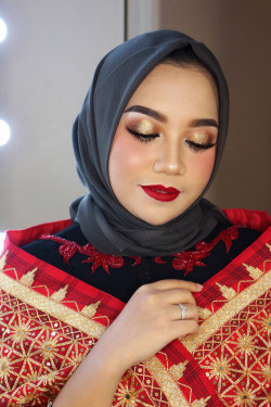 Portfolio-3-oleh-BEAUTY-BY-DVIACITA-di-HelloBeauty