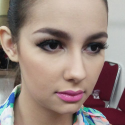 Portfolio-8-oleh-Key-Make-Up-di-HelloBeauty