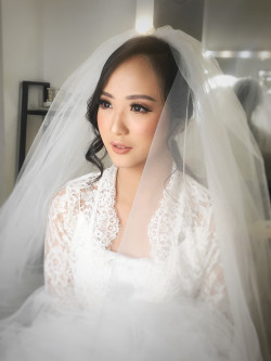 Portfolio-1-Wedding-makeup-oleh-Makeupbythika-di-HelloBeauty