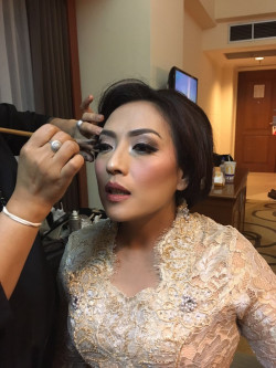 Portfolio-4-oleh-Wanty-Beauty-Makeup-di-HelloBeauty