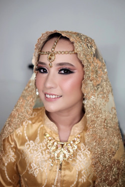 Portfolio-8-oleh-Beauty-by-Aini-di-HelloBeauty