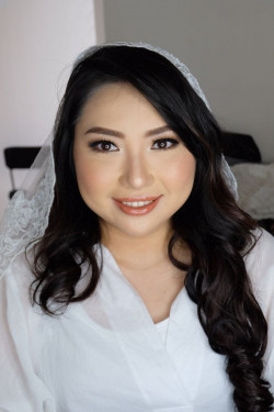 Portfolio-3-Bride-Yeremia-Super-natural-look-as-requested-oleh-Astrid-He-di-HelloBeauty